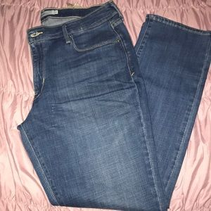 Levis 16s Mid Rise Skinny Jeans